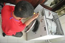Đội ngũ nhân viên kỹ thuật sửa máy giặt chuyên nghiệp