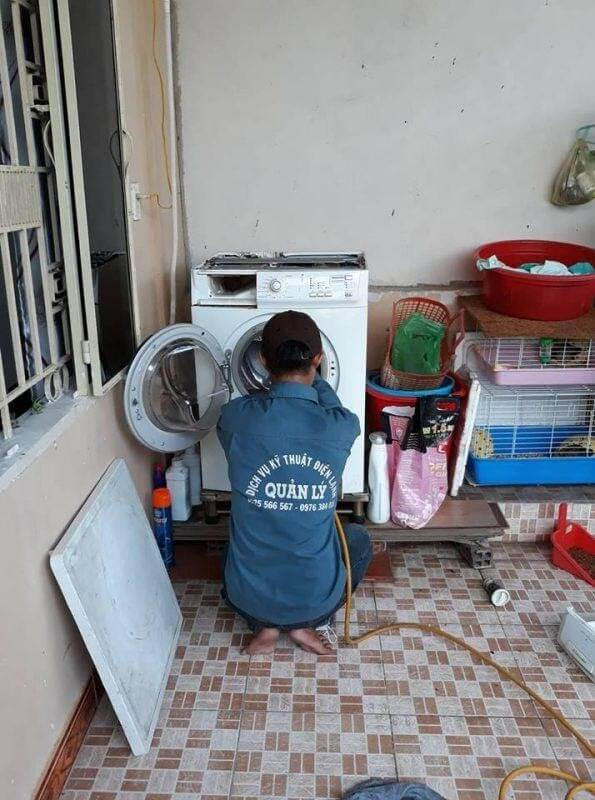 Dịch vụ vệ sinh máy giặt Thủ Đức của Điện Lạnh Quản Lý