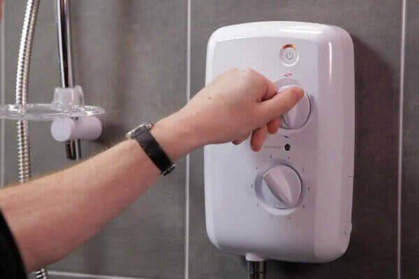 Dấu hiệu nhận biết máy nước nóng lạnh cần sửa chữa