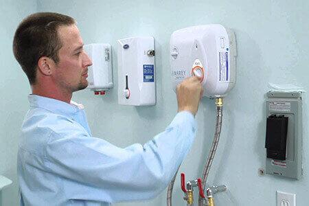 bảo trì, bảo dưỡng máy nước nóng lạnh quận 3