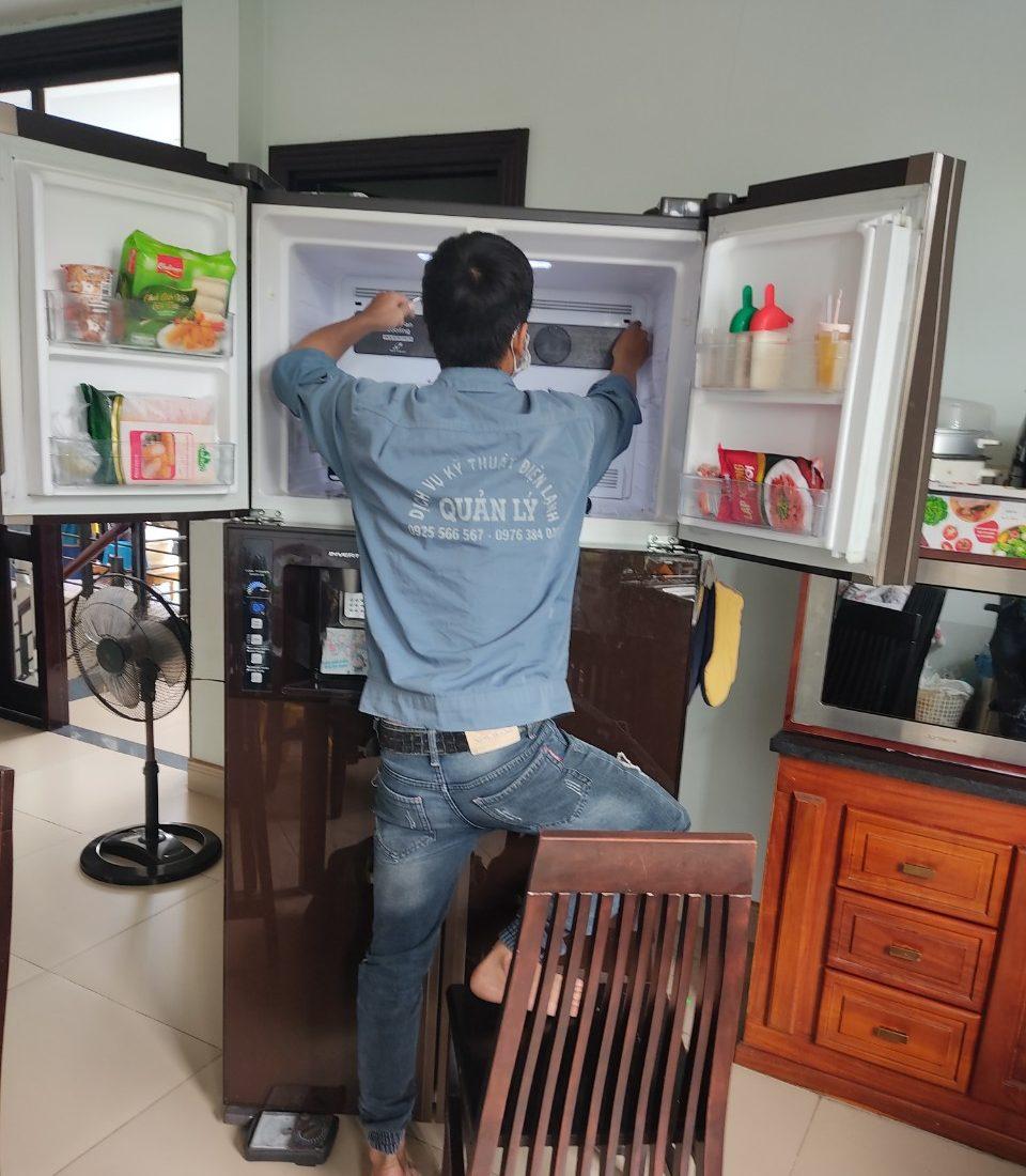 Tủ lạnh được sửa chữa theo đúng quy trình và kỹ thuật.