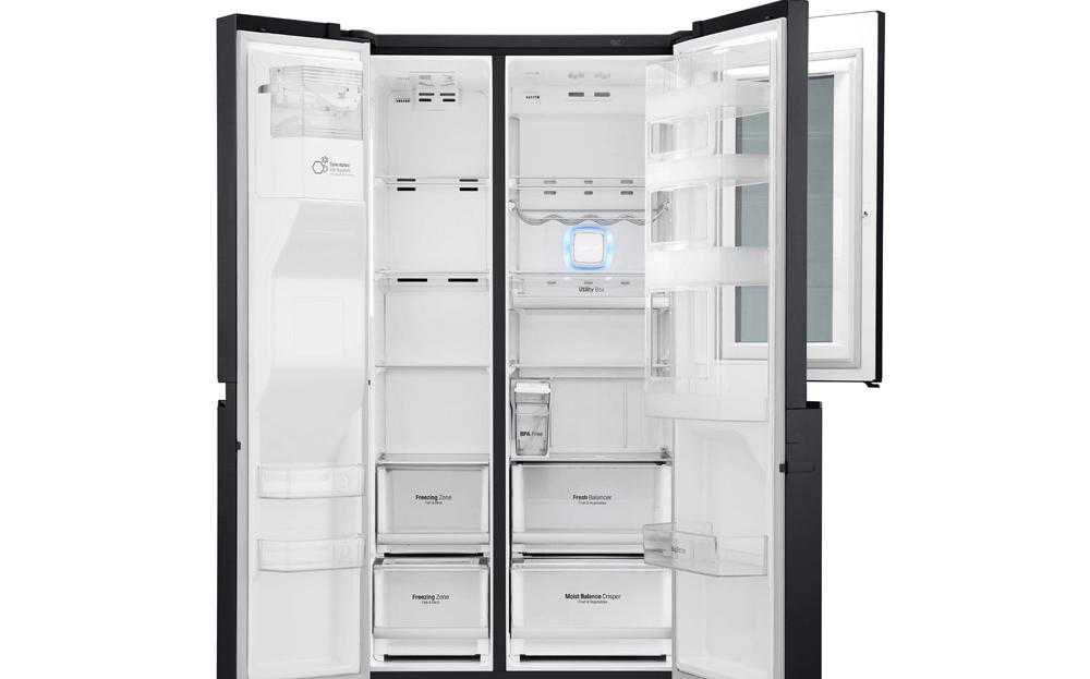 Thiết kế hiện đại và sang trọng là một trong những ưu điểm nổi bật của tủ lạnh LG.